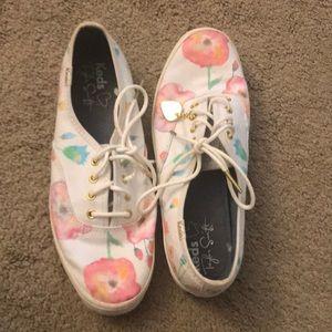 Ked Sneakers